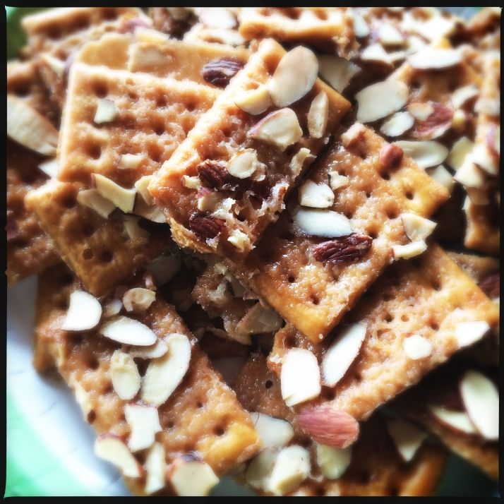 A delicious surprise, club crackers magically toasted with almonds, brown sugar and butter.