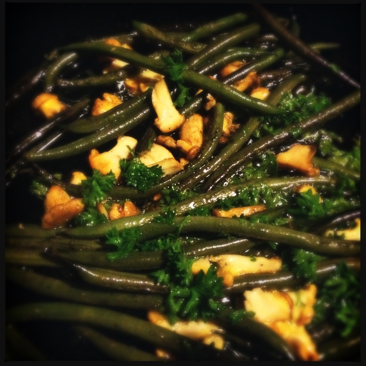 ... and sautéed with chanterelles that Gabrielle brought from the forest. Yum. Deb, I saved you some in the freezer.